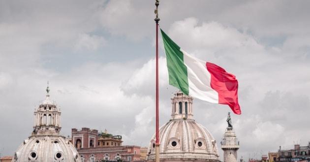 Trapani celebra il 71° anniversario della Repubblica