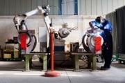 robot_uomo_lavoro