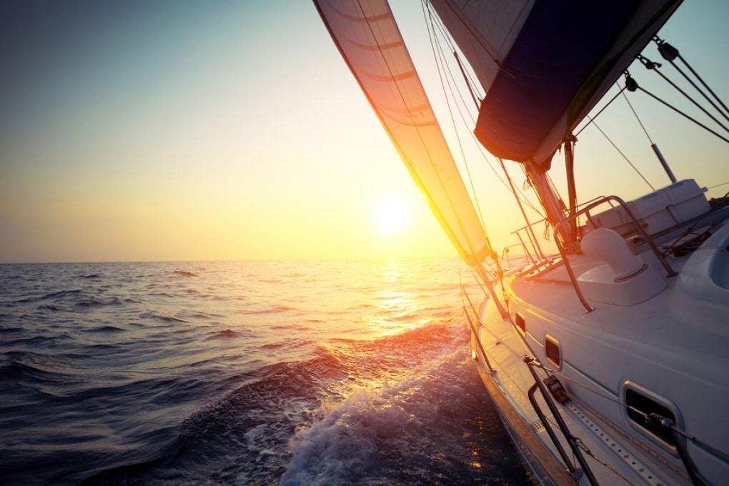 Il più lungo viaggio in linea retta che si può compiere via mare