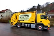 1860x1050-news-volvo-pioneers-autonomous-self-driving-refuse-truck-newsintro