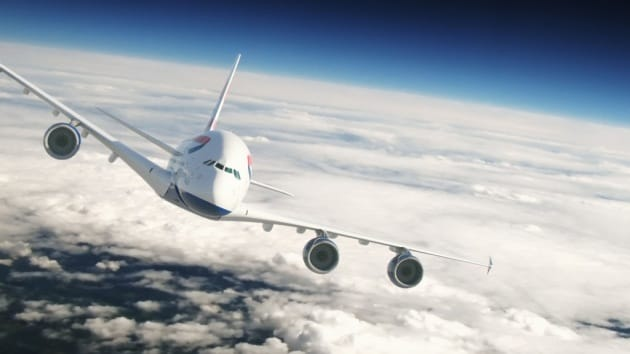 Perché gli aerei non hanno paracadute per ogni passeggero?