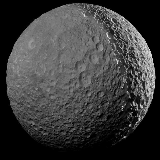 Addio Mimas: la foto più ravvicinata