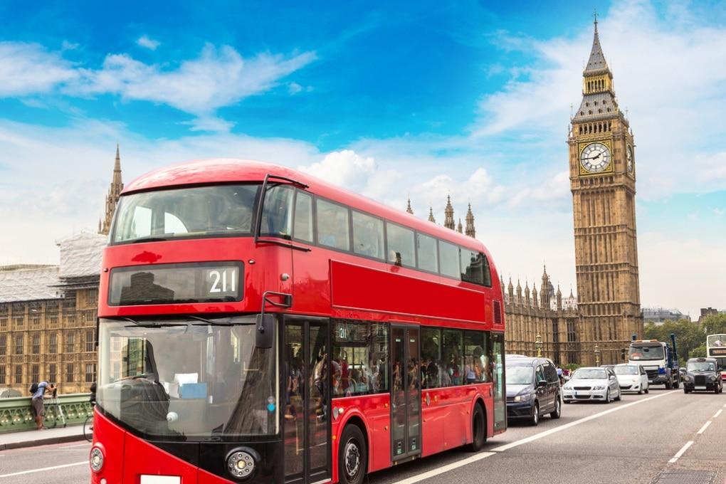 Londra: i bus a due piani alimentati a fondi di caffè