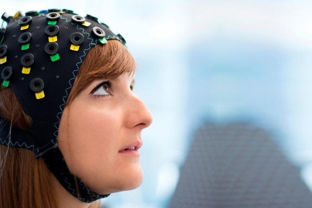 Pazienti paralizzati comunicano con il pensiero