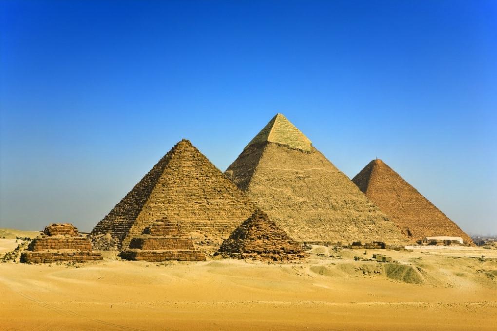 Un trono di ferro nella camera della Piramide di Cheope?