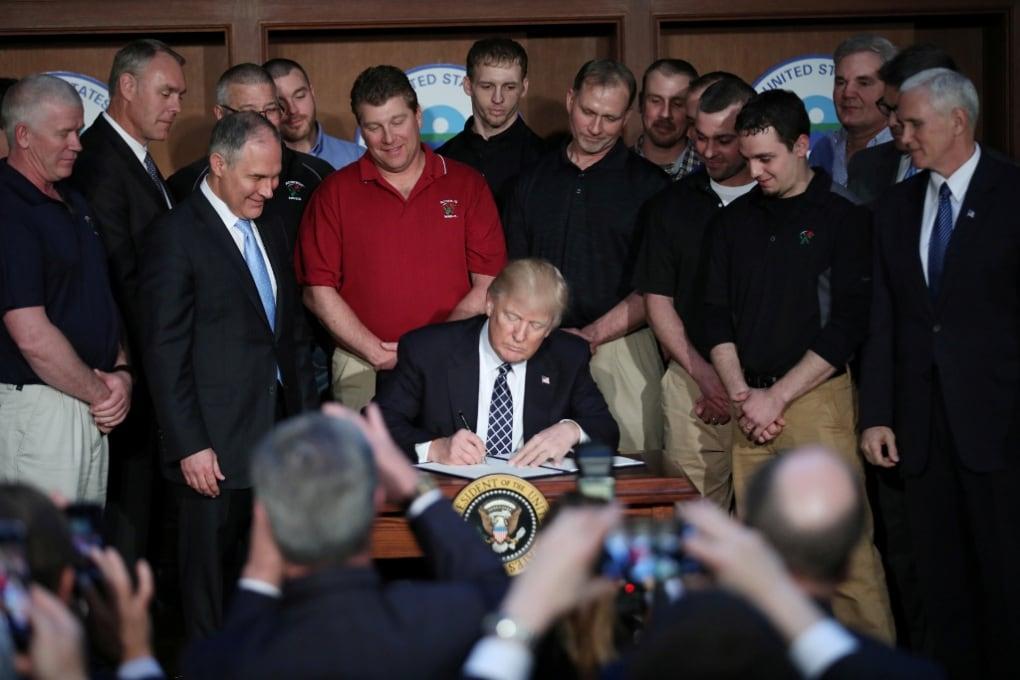 Trump cancella le politiche ambientali di Obama