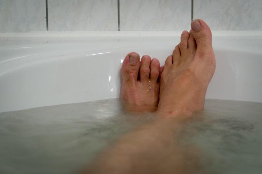391-365_relaxing_in_bath_6427571119
