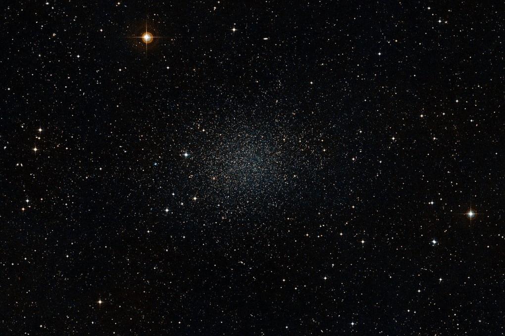 Il moto di alcune stelle di un'altra galassia ci indica la materia oscura