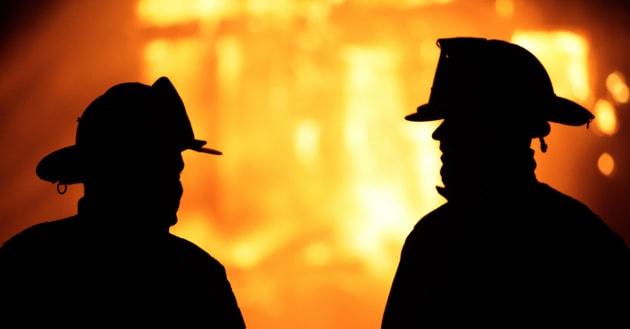Incendio Londra:tensione a municipio