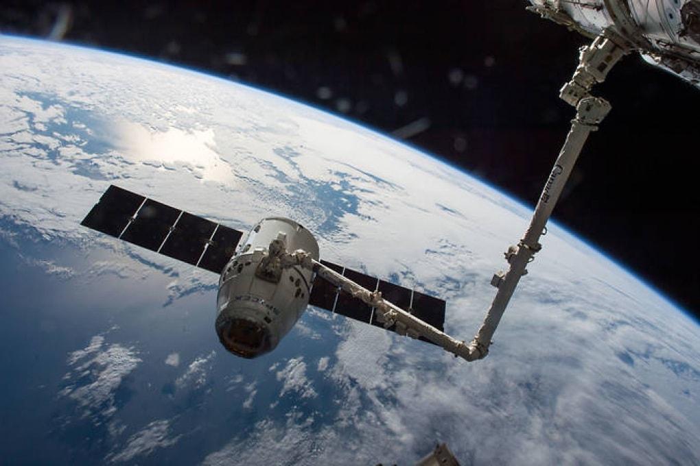 La prima navicella spaziale Dragon