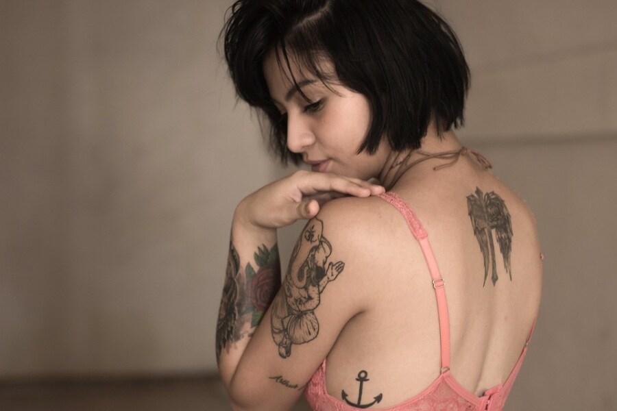 lingerie-model-tattoos-woman-girl-female-fashion-1210061