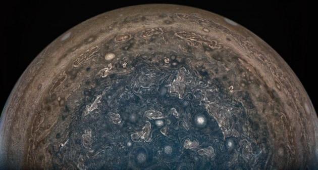 Juno manterrà un'orbita cauta intorno a Giove