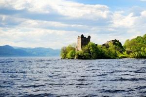 mostro di Loch Ness, leggende, bufale, Nessie, dinosauro perduto, misteri