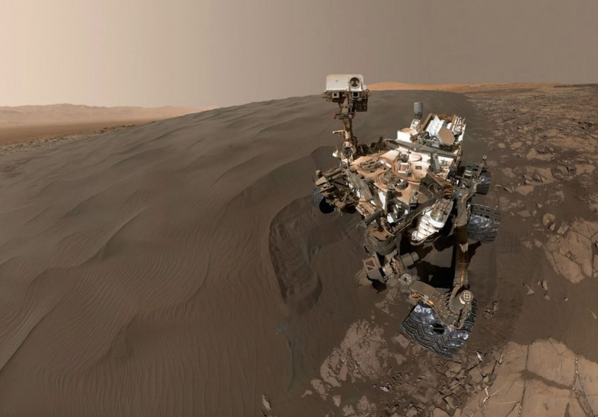 4curiosity-rover-mars-dunes1_1