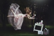 levitazione_shutterstock_683109205
