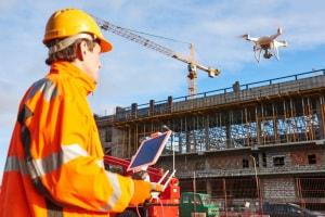 Trasformare i droni commerciali in armi: secondo gli esperti è uno dei rischi, legati all'uso distorto della tecnologia, con cui saremo chiamati a misurarci. | Shutterstock