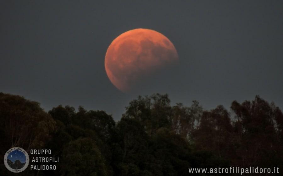 eclissi_parziale_7ago2017_con_paesaggio