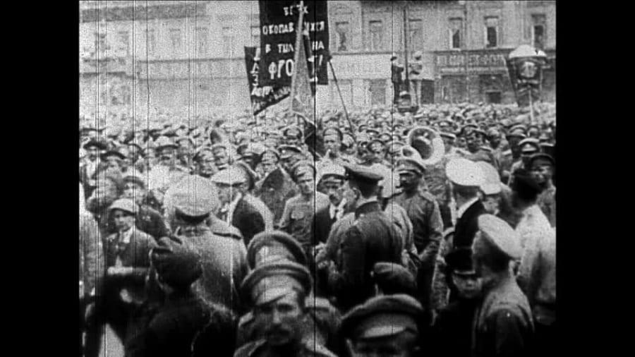 rivoluzione-di-ottobre-guerra-civile-russa-rivoluzione-russa-scrittura-a-caratteri-cirillici
