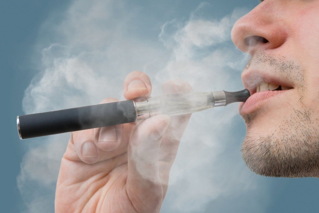 Sigarette elettroniche: danni maggiori dei benefici