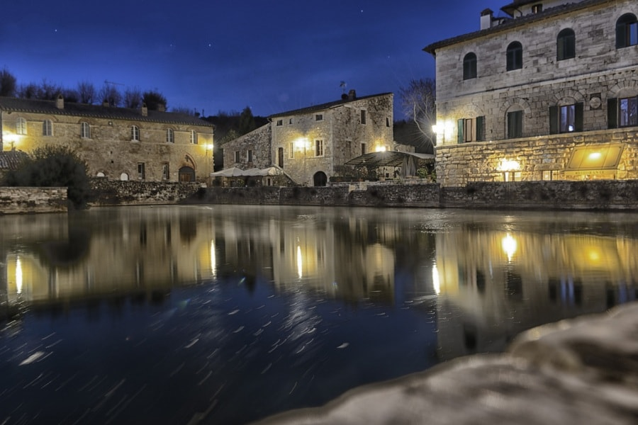 vignoni-by-night