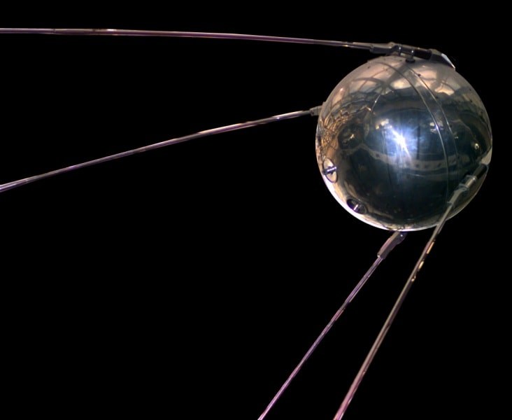 sputnik_asm