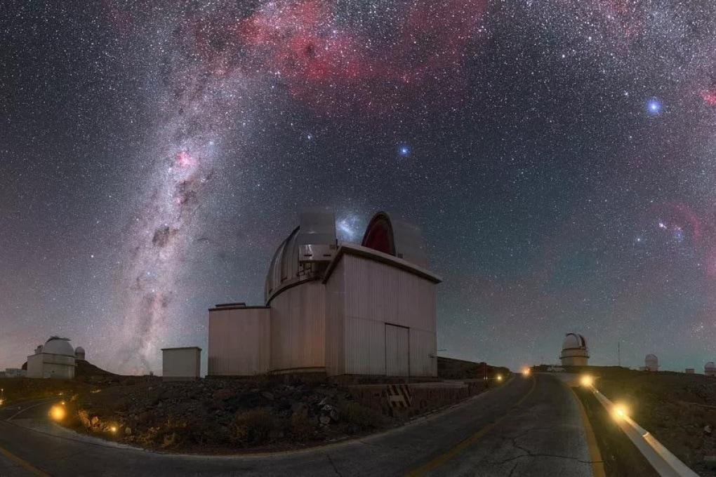 Gli indizi dei primi pianeti extragalattici