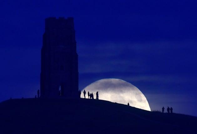 Superluna, i consigli su come fotografarla