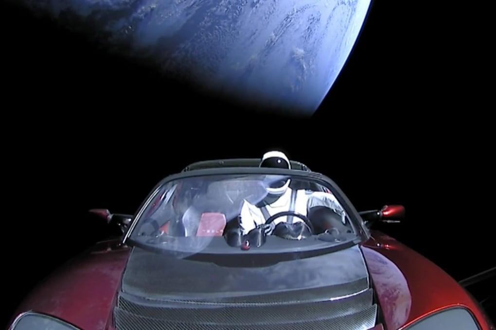 Il Falcon Heavy di SpaceX è partito con successo