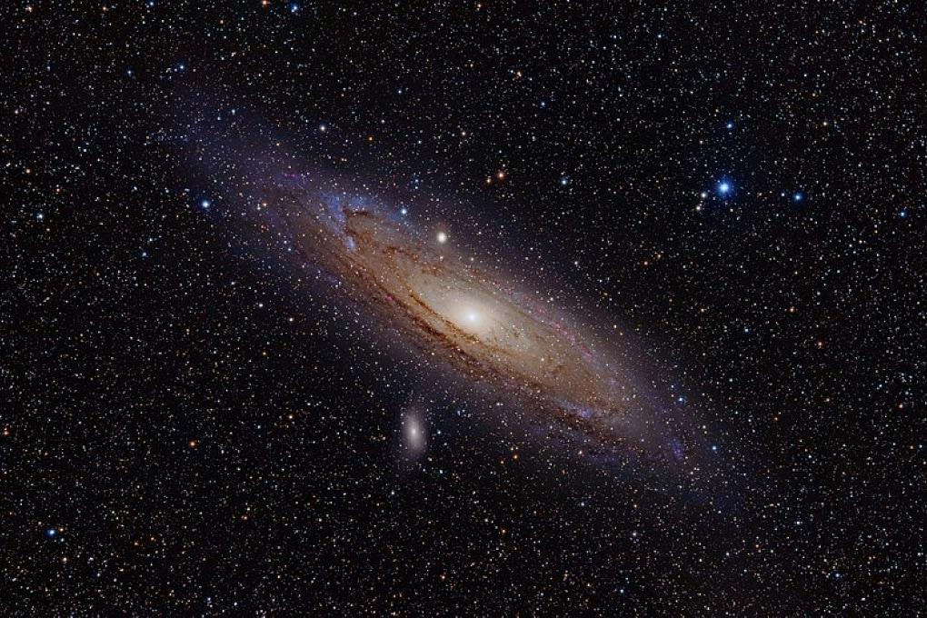 Andromeda è grande più o meno come la Via Lattea