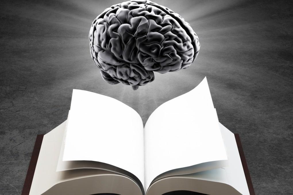Perché dimentichiamo la maggior parte delle trame dei libri e dei film