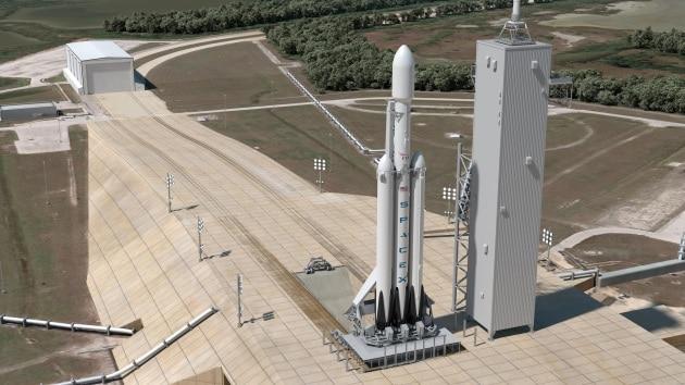 Musk: battesimo difficile per il Falcon Heavy