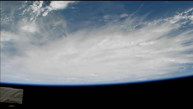 L'uragano Matthew visto dallo Spazio