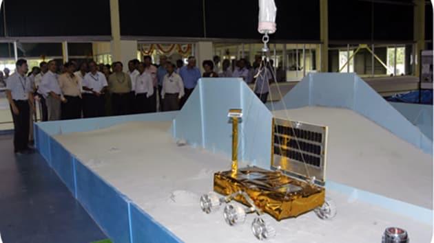 Missione indiana sulla Luna: trovato il lander schiantato