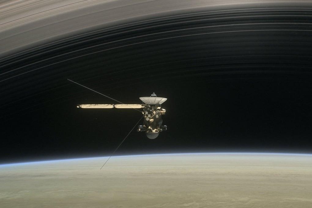 Il volo finale della sonda Cassini