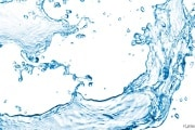 Gli schizzi di una goccia d'acqua