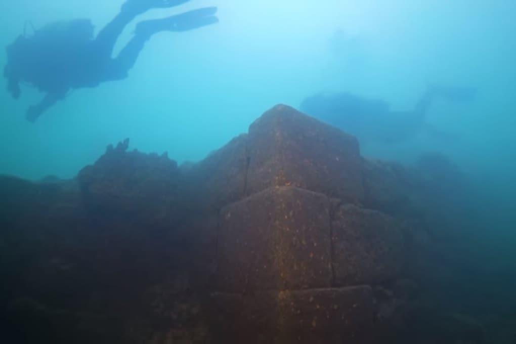 In Turchia è stato scoperto un antichissimo castello sul fondo di un lago