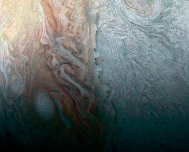 Juno e Hubble: fotografie da Giove