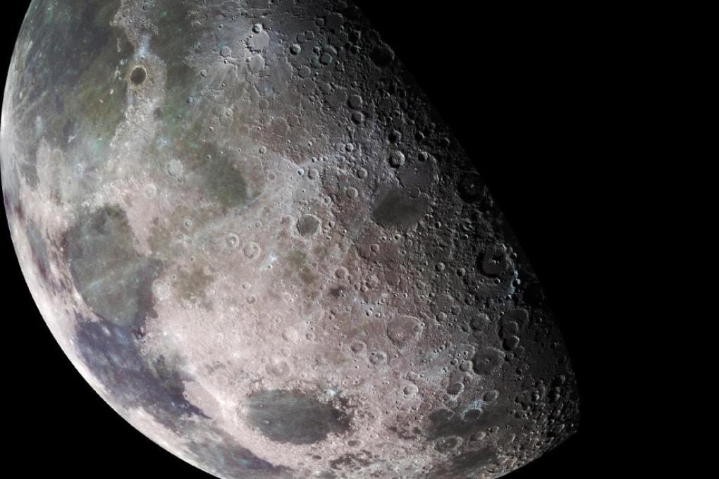 L'acqua sulla Luna: più diffusa del previsto e ben distribuita
