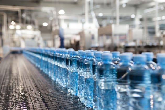 Particelle di plastica nel 93% dell'acqua in bottiglia