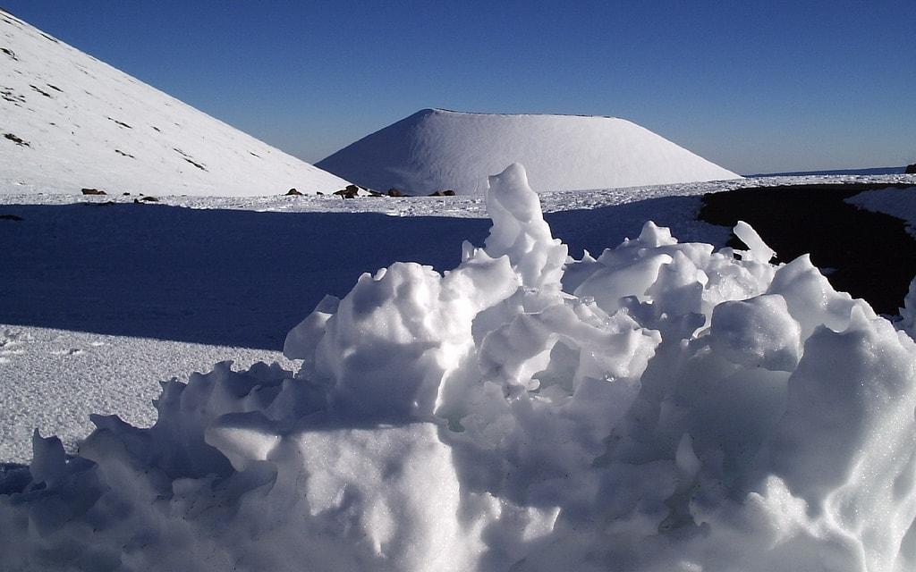 Sahara, neve nel deserto: non accadeva dal 1979 VIDEO