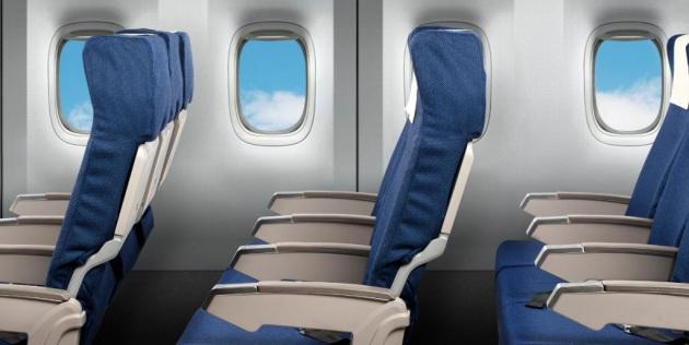 Perché in aereo i finestrini non sono (quasi) mai allineati con i sedili?