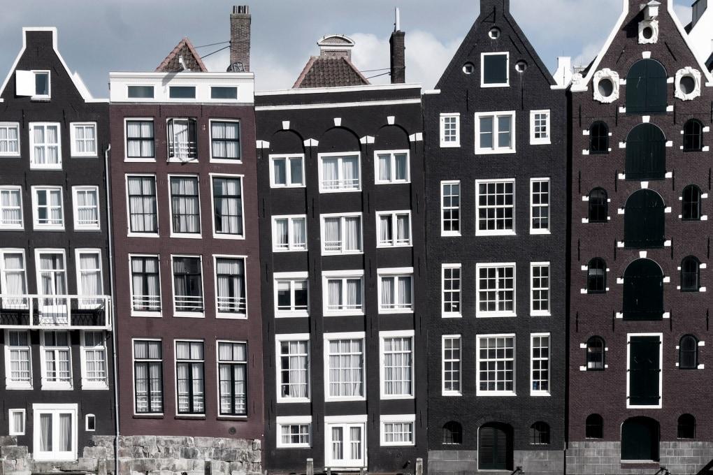 Perché ad Amsterdam ci sono case