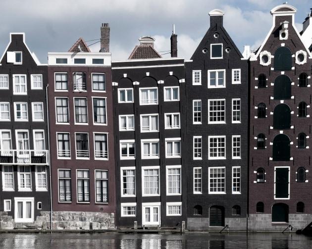 perch ad amsterdam ci sono case storte