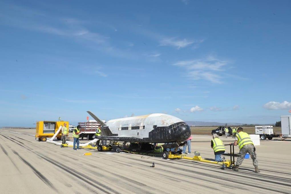 Un nuovo record di volo per lo spazioplano X-37B