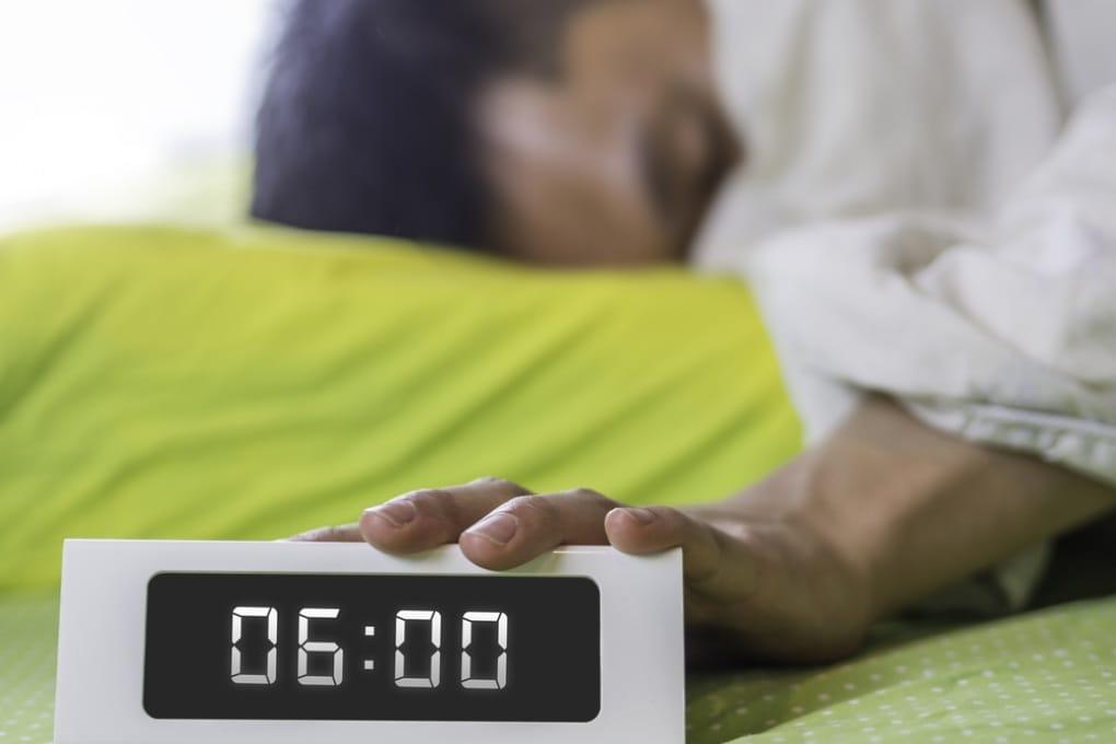 Perché alcuni orologi europei sono in ritardo di 6 minuti