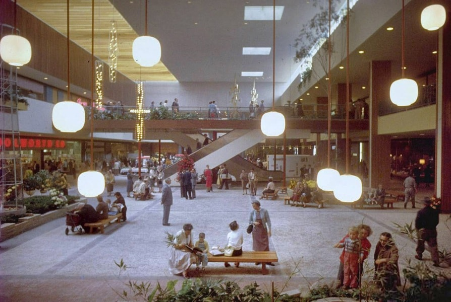 southdale_center_1956