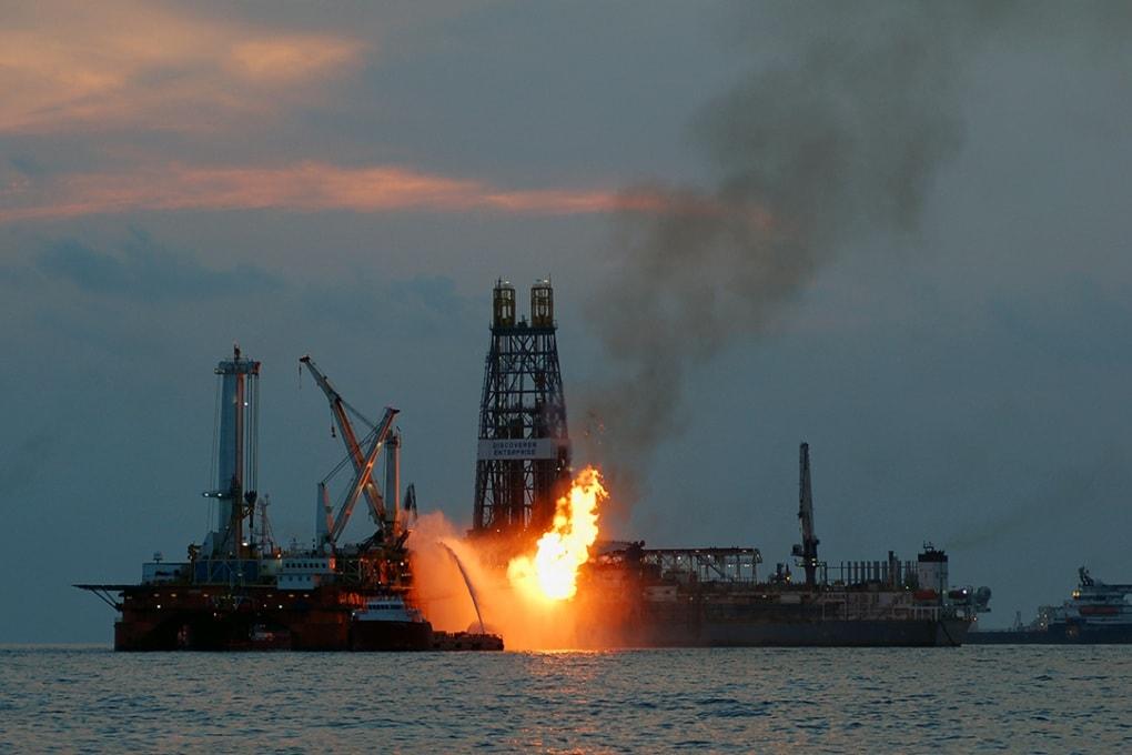 Deepwater Horizon: solventi e petrolio, qual è il male minore?