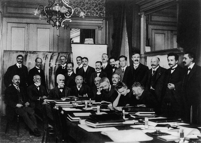 800px-1911_solvay_conference