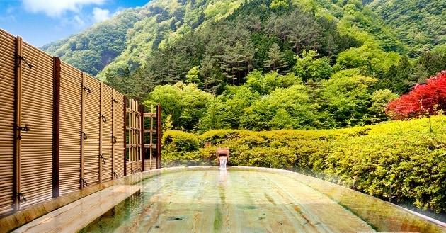 Dove si trova l'hotel  più antico del mondo?