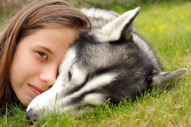 7 comportamenti canini al limite dell'umano